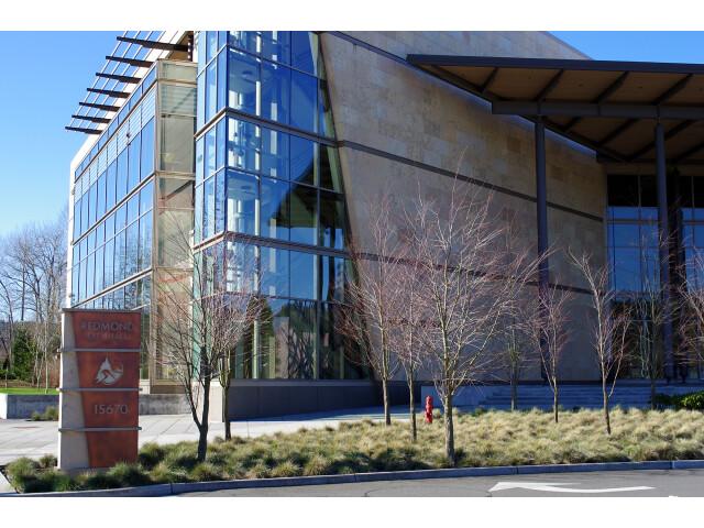 Redmond city hall image