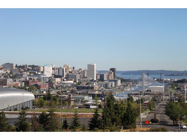 Tacoma skyline from McKinley Way '20249000165' image