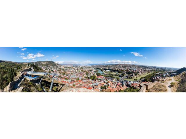 Vista de Tiflis  Georgia  2016-09-29  DD 67-71 PAN image